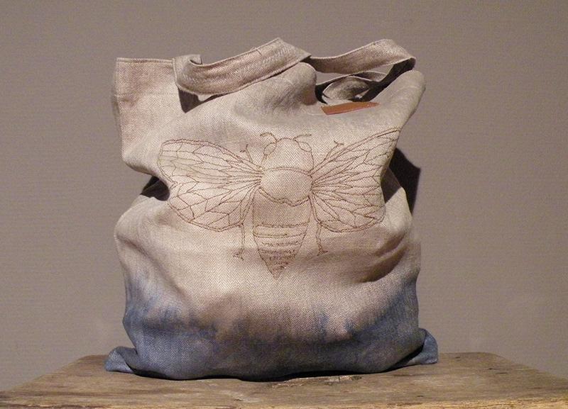 Handgefertigte Einkaufstaschen aus Leinen von Kunsthandwerkerin Susanne Vogelmann aus Schwäbisch Gmünd