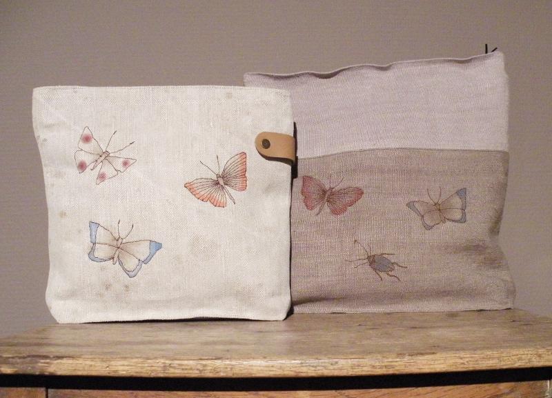 Handgemachte Täschchen und Umhängetaschen aus Mehlsäcken von Susanne Vogelmann Handwerk