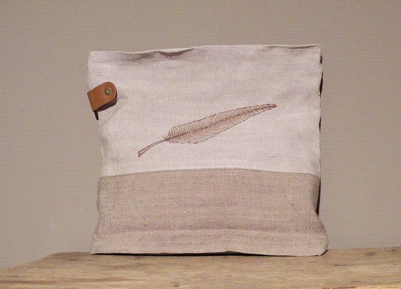 Handgefertigte Einzelstücke aus Bauernleinen von Susanne Vogelmann aus Schwäbisch Gmünd
